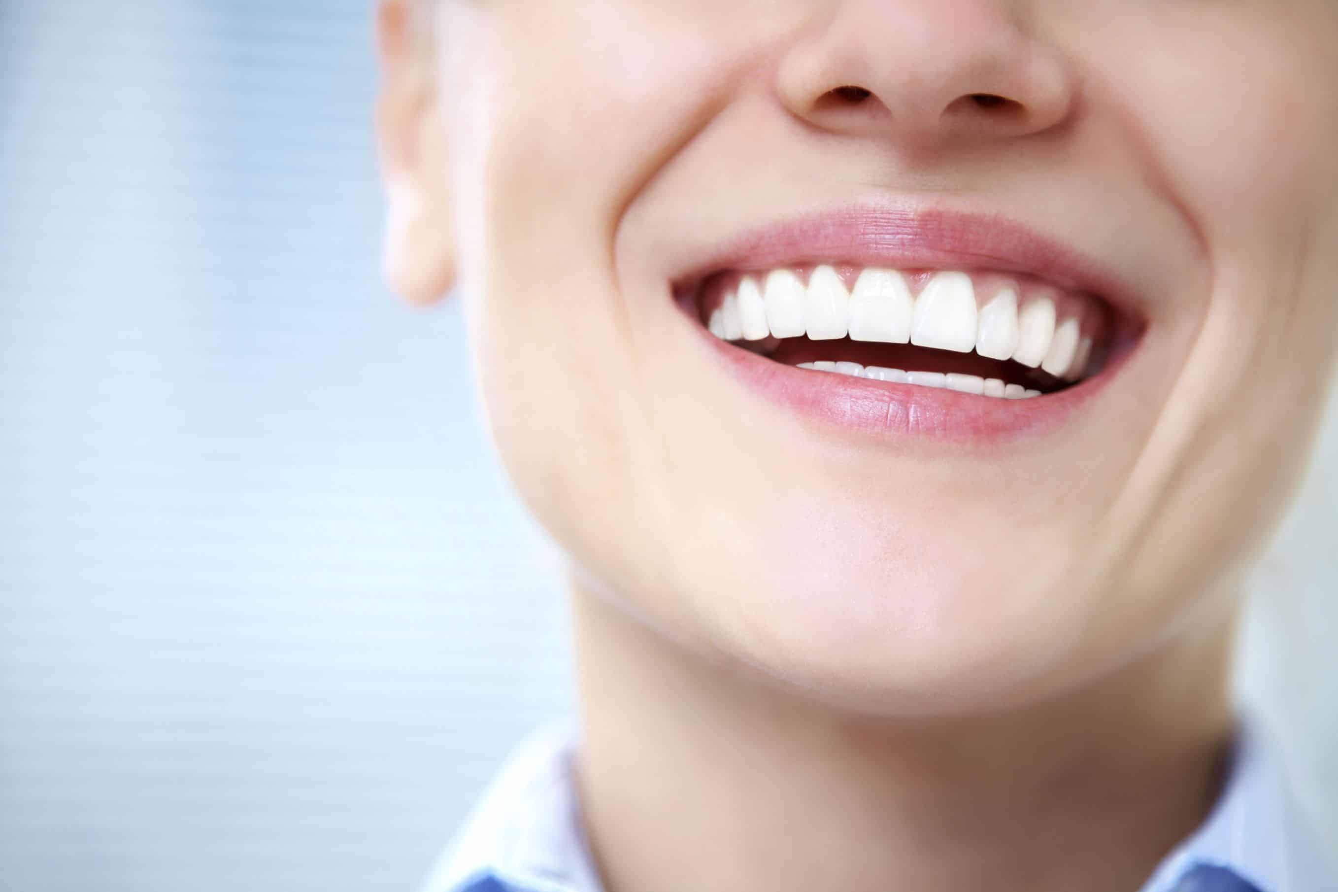 Signs You Should See Your Periodontist About Dental Implants in Jenkintown