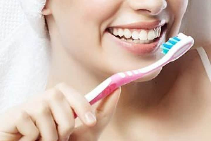 Everyday Habits for Healthier Gums